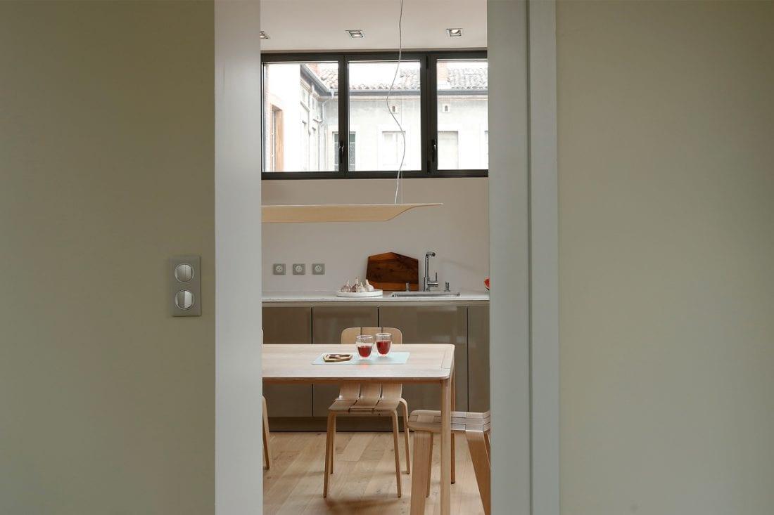 Appartement de Toulouse - La cuisine et ses portes coulissantes